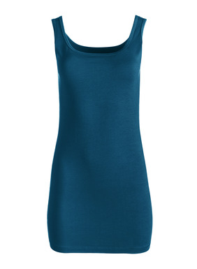 Our bestselling, all-season Long Tank is a wardrobe building block in pima (95%) and Lycra (5%). To be worn long and lean or scrunched to suit your needs.