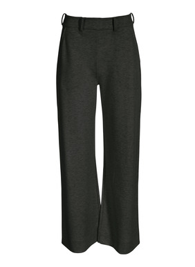 The wide-leg trousers, with an elasticized waist in back; trouser pockets; belt loops  pair perfectly with the matching top for a luxe loungewear look. Knit in pima (48%), modal (47%) and spandex (5%).