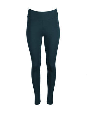 The cloud-soft, jersey leggings, in a substantial blend of pima (44%), modal (44%) and spandex (12%), have a contoured yoke and back seams.