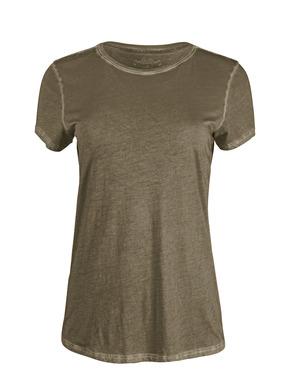 Alltags-Luxus: Unsere Rundhals-T-Shirts aus samtweichem Pimajersey sind mit schöner Vintage-Patina stückgefärbt.