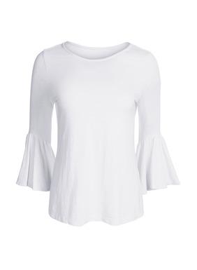 ¾-Volantärmel verleihen unserem Shirt aus unregelmäßigem Jersey-Flammégarn (51 % Pimabaumwolle und 49 % Modal) besondere Romantik.