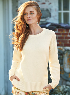 Echoing a classic Guernsey sweater, ours is simplified, with textural links knit shoulder panels and chunky ribbed trim. This easy-going, Off-White pima pullover is perfect for the beach or weekend outings. Full-fashion knit with a crewneck, drop shoulders and side slits.