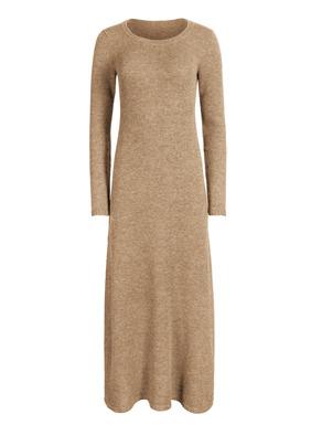 Traumhaftes, ultraweiches Pulloverkleid, fully-fashioned gestrickt aus 60 % Babyalpaka, 35 % Nylon und 5 % Wolle. Schlichte A-Linie; Rundhalsausschnitt; Rippenkanten.