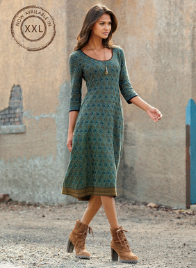 A classic foulard pattern in vibrant peacock hues of pima is masterfully knit into our engineered fit-and-flare dress. Styled with a deep scoop neck, ¾-sleeves and a full hem that's banded in golden Andean patterning.