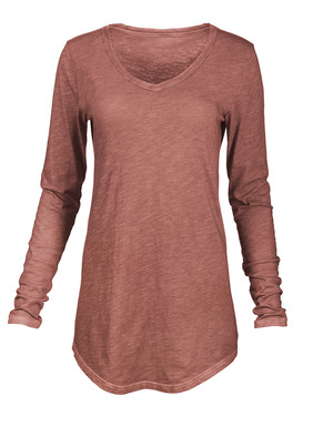 A long-sleeved version of our popular Keira tee, in slubby cotton jersey that's been garment-dyed for a weathered patina. V-neck; curved hem.