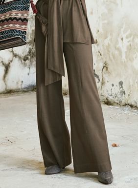 Effortlessly chic and great for the office, weekend or travel. Sewn of smooth mercerized pima jersey, the wide-leg pants with trouser pockets make a polished ensemble with their matching top.