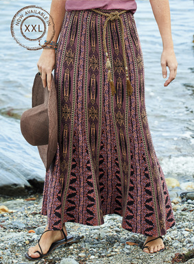 A vintage Filipino textile inspired this jacquard knit maxi-skirt. In hues of lilac, melon, elderberry, sage and black pima, it's engineered in patterned gores that open to a flared, ankle-grazing hem.