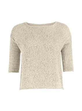 Der warme Pullover ist aus melierter mercerisierter Pimabaumwolle fully-fashioned gestrickt. Großer Halsausschnitt; überschnittene Schultern; halblange Ärmel; Rollkante.