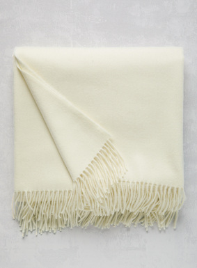 Tactile perfection, our ultra-luxurious blanket in brushed Ivory baby alpaca royale is blissfully soft and light beyond compare. This extraordinary offering makes the ultimate gift for holidays, weddings, graduations or any occasion worth noting. 73'' x 57.''