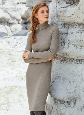 We translated one of our most beloved t-necks into a spare and sophisticated dress. Fine gauge knit in textural ribs of pima for a body-flattering silhouette.