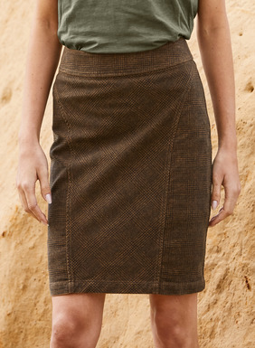 The moleskin pencil skirt in brown and black glen plaid mixes panels of bias and straight patterning for the ultimate figure flattery. Tailored in soft, brushed cotton (98%) and elastane (2%), with shapely seaming, exposed back zipper and back vent.