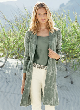 Subtly printed in magnolia blossoms, the relaxed topper is tailored of sage linen that's washed for vintage appeal. Styled with a notch lapel, button closure, welt pockets and asymmetrical back vent; unlined.