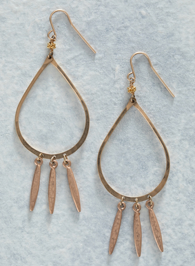 A romantic yet modern pair of striking earrings, our Sunray Earrings look fabulous with virtually everything. Artisan-made and hammered by hand, rose gold plated blades dangle below the golden teardrop hoops; French wire.
