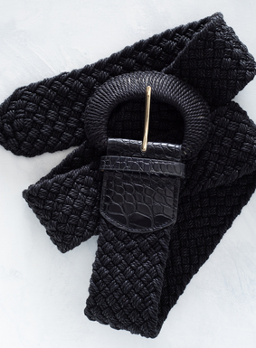 Statement-making yet neutral, our Captiva Belt elevates any silhouette instantly. The wide, linen-hued belt is woven of thick cotton thread, with faux crocodile leather accent on the buckle.